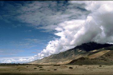 Mountains_Near_Lhasa_Tibet_1987_by Ulrike Zimmermann