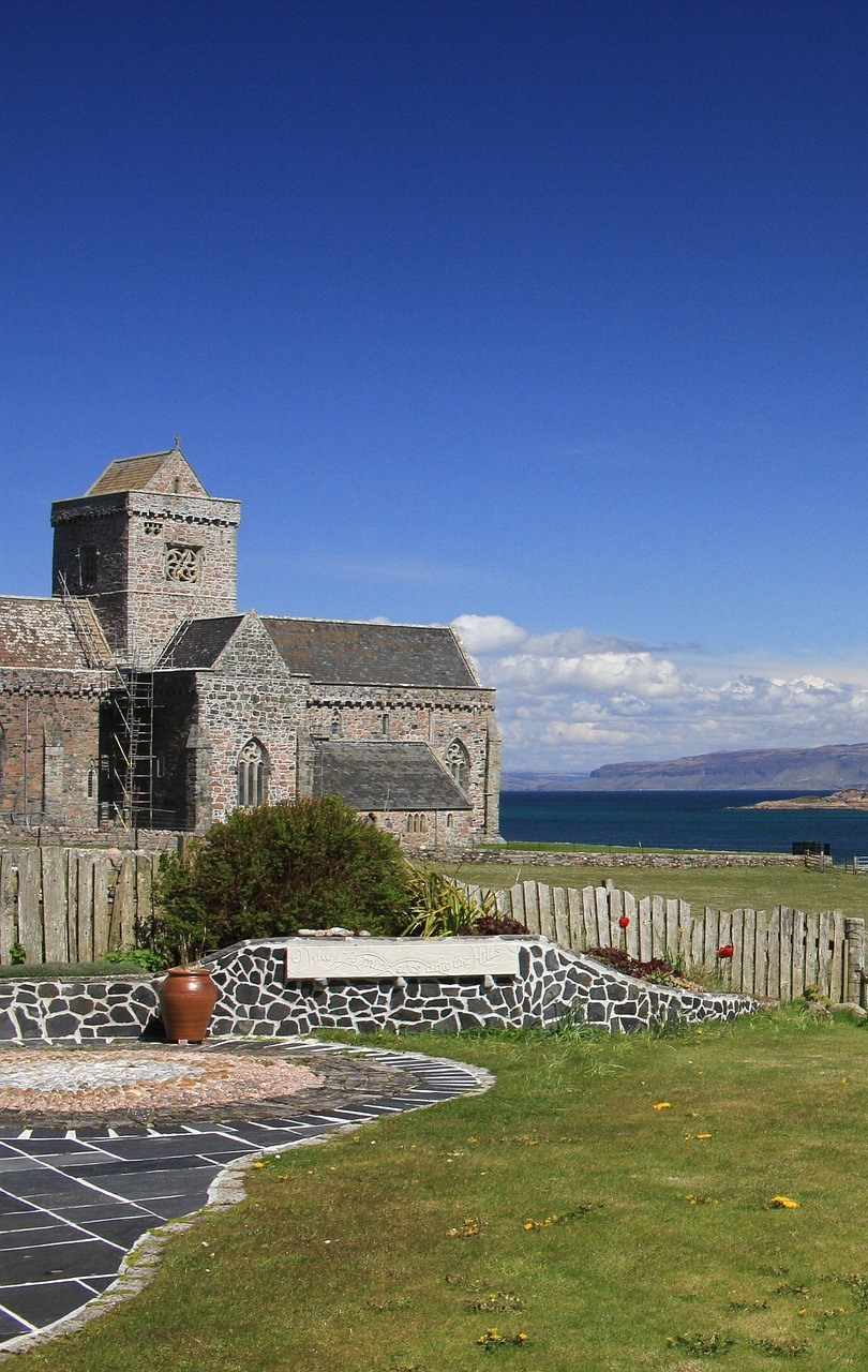 A Pilgrim's Guide to Iona Abbey