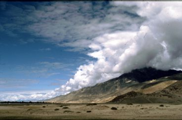 Mountains_Near_Lhasa_Tibet_1987_by Ulrike Zimmermann