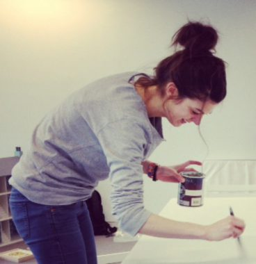 illustrator-eilidh-muldoon-at-work